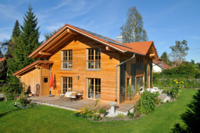 Thoma Holz100 Massivholzhäuser